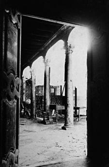 Interior ya desaparecido del Rincón del Prado, quinta de recreo del virrey Amat y la Perricholi. Crédito: Colección de Luis Martín Bogdanovich.