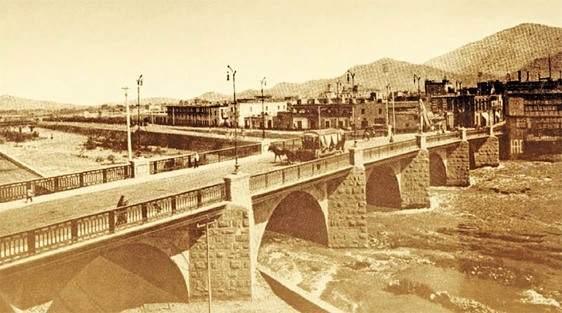 El Puente de Piedra, 1890