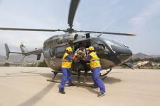 Víctimas de los huaicos en Capongo, Huaycoloro yPunta Hermosa fueron evacuados por aire y atendidos  en hospitales móviles.